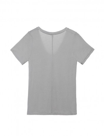 V-Neck Tee t-shirt with high neckline stretchy material